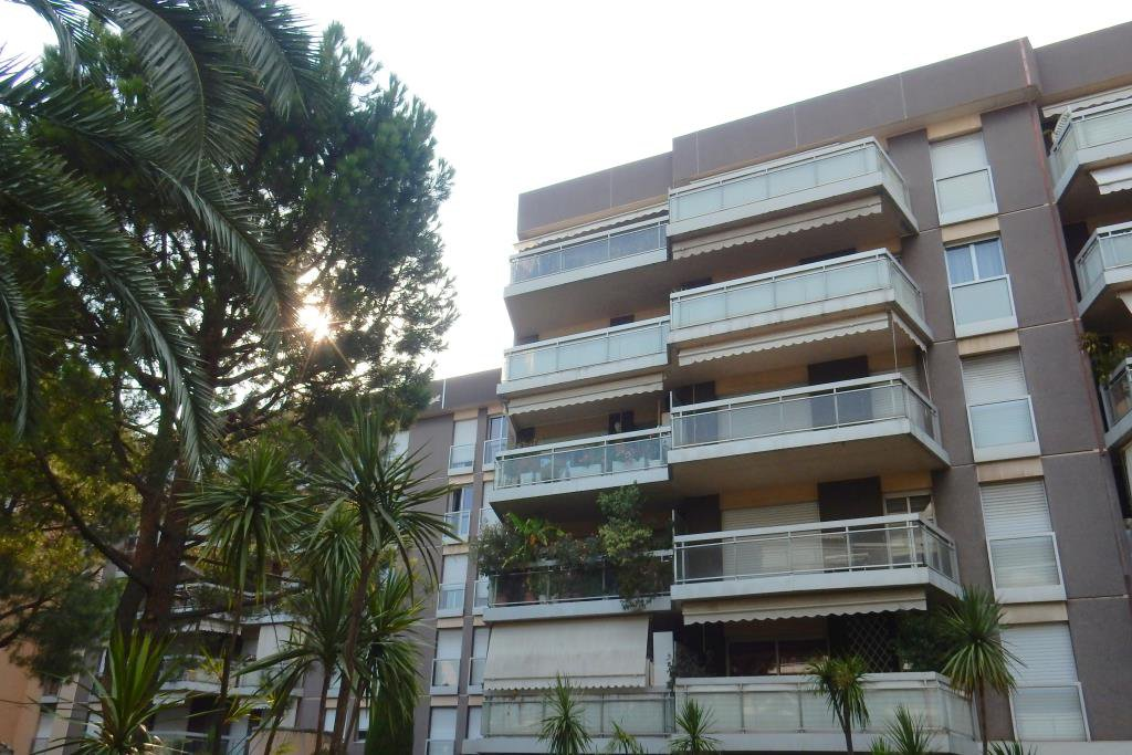 Location Nice, 2 pièces meublé 46.48m² avec parking situé secteur République