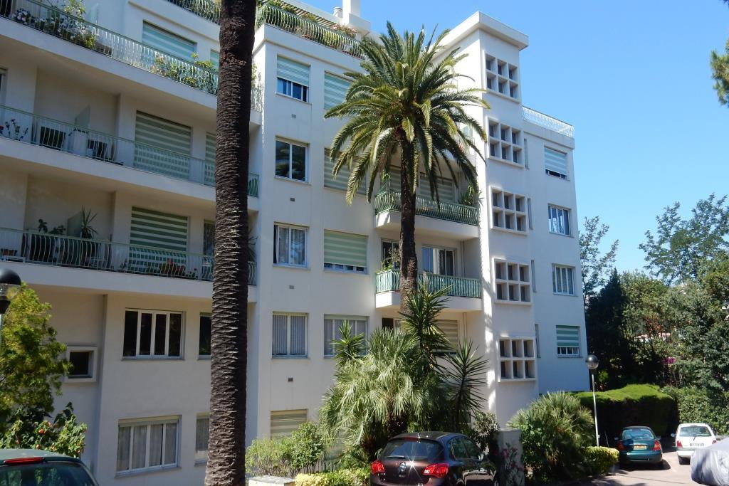 location Nice, 3 pièces 65.76m² situé bas Fabron