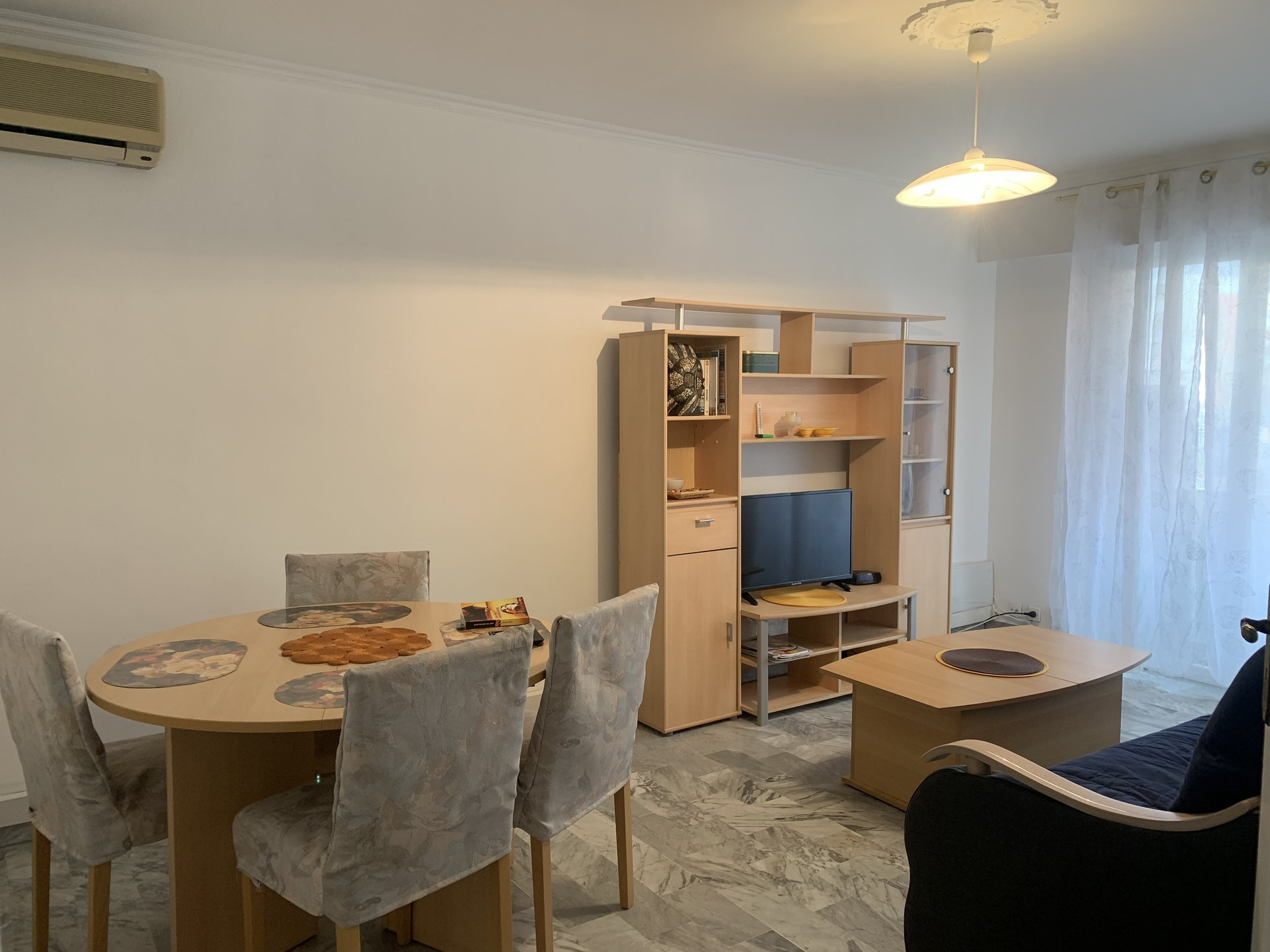 location Nice, 2 pièces meublé 53.84m² face faculté Saint Jean d'Angely