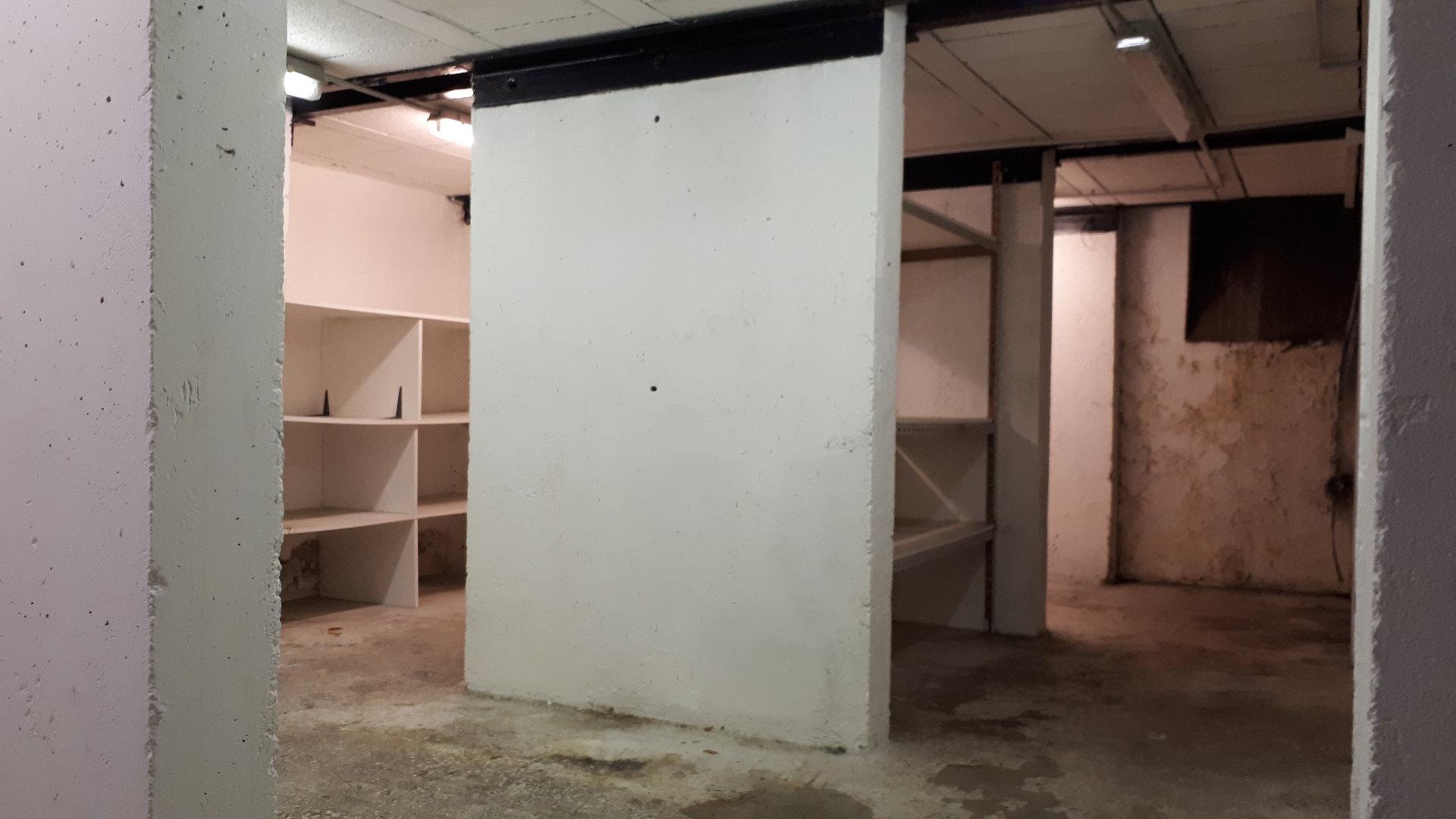 Location Nice, entrepôt 80² avenue de la République