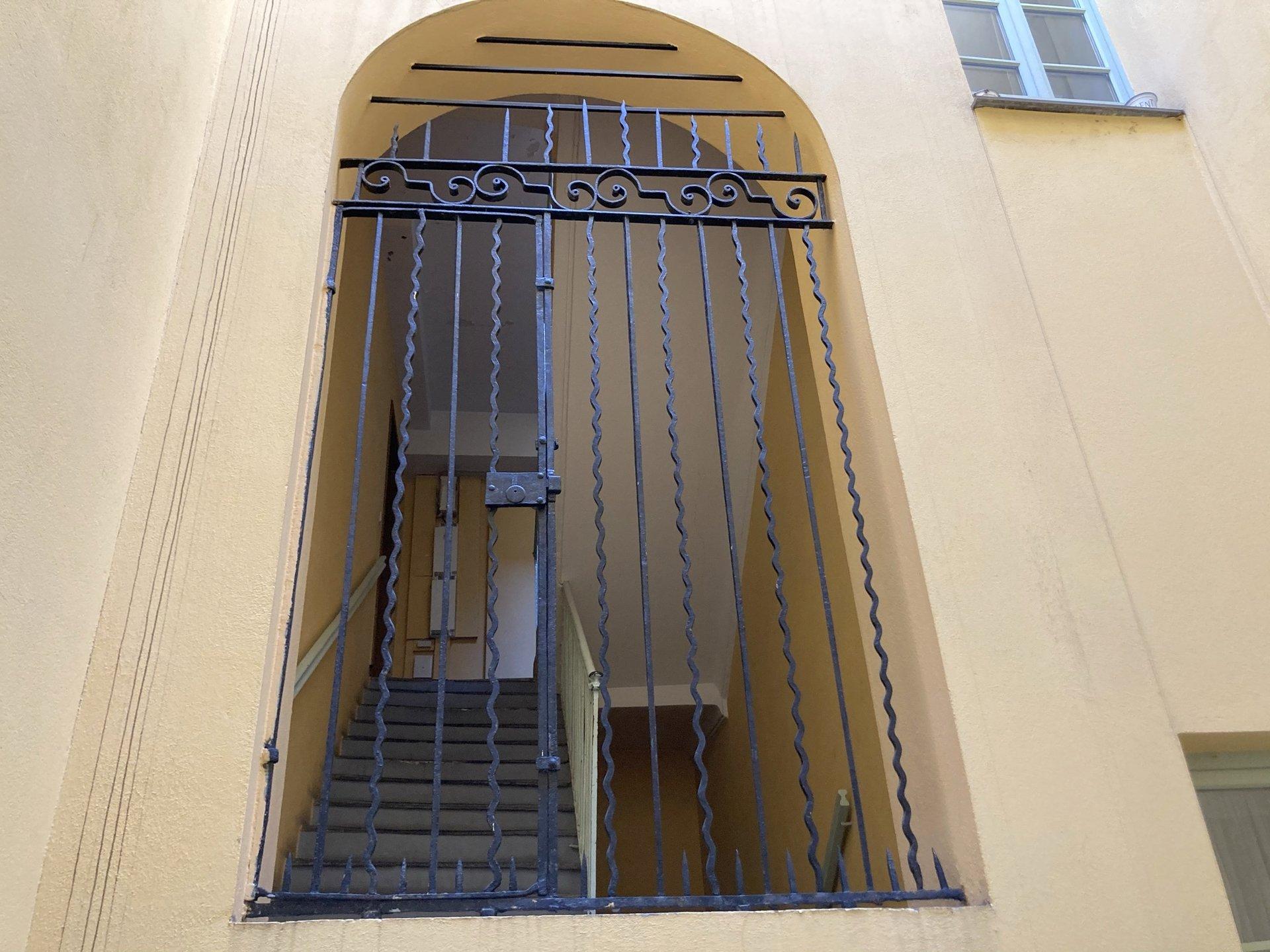 Location Nice, 3/4 pièces 79.86m² situé dans le Vieux Nice