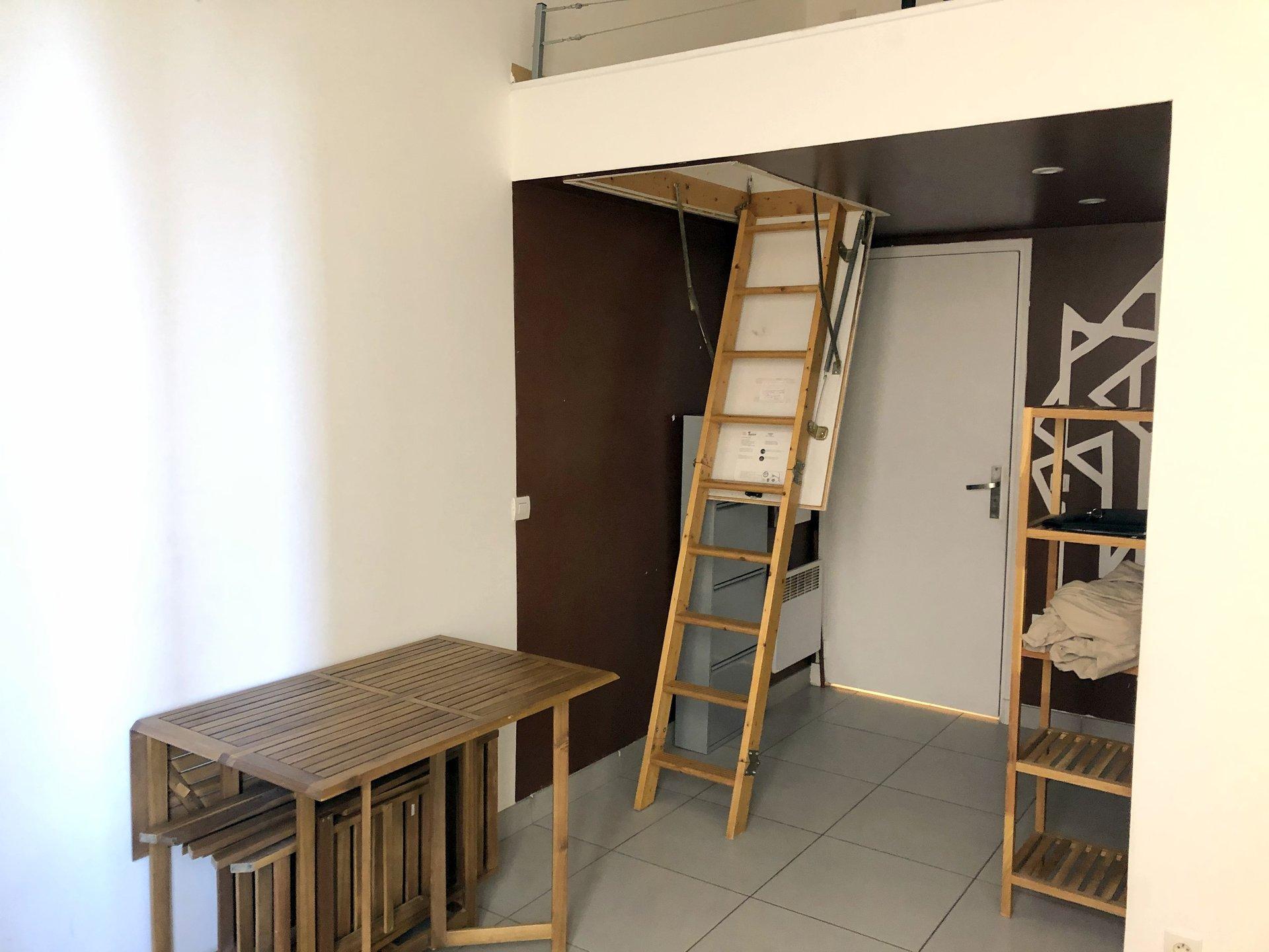 location Nice, studio meublé 14,06m² situé quartier Bellevue