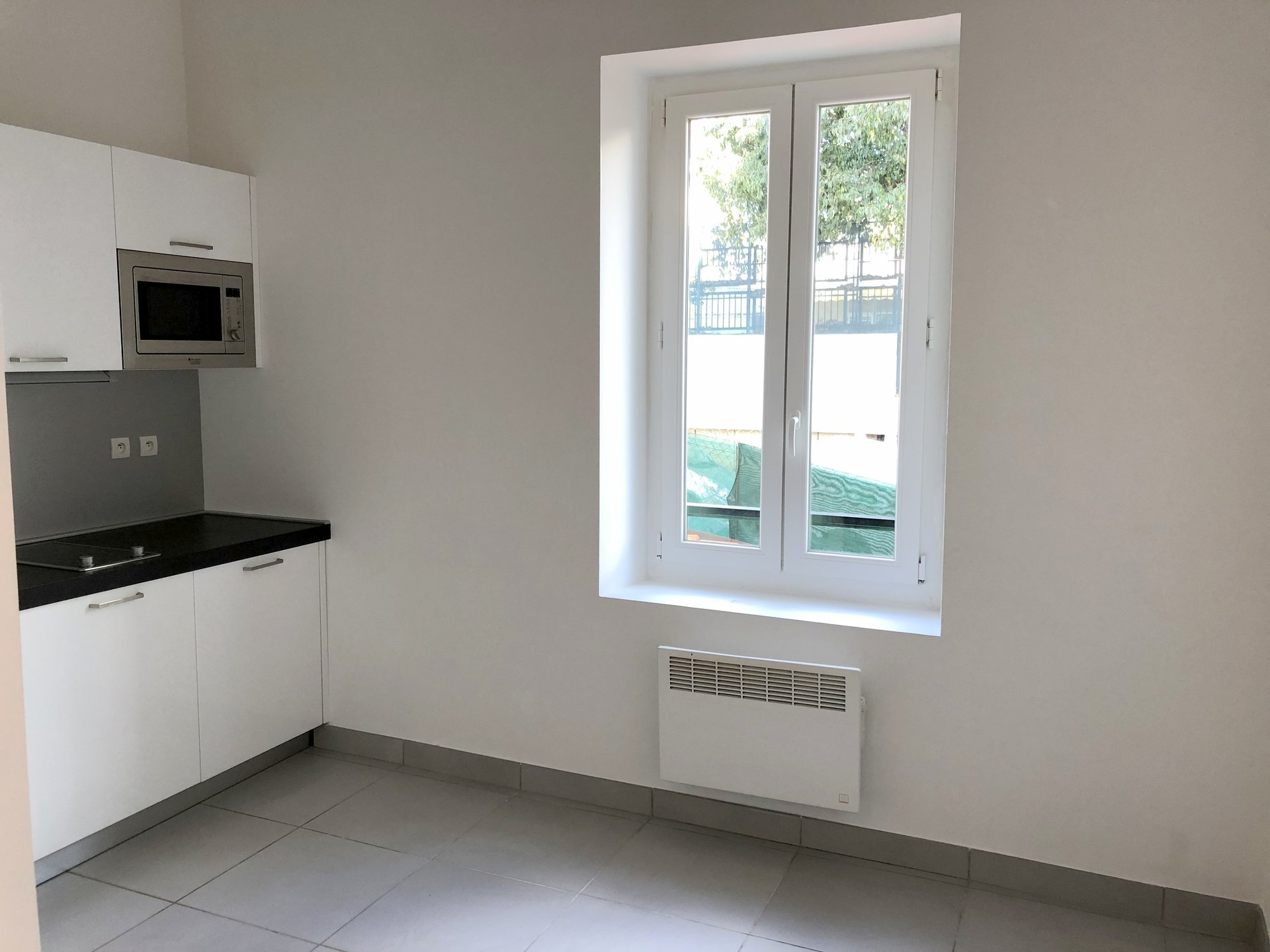 location Nice studio mezzanine 13.06m² situé secteur bellevue