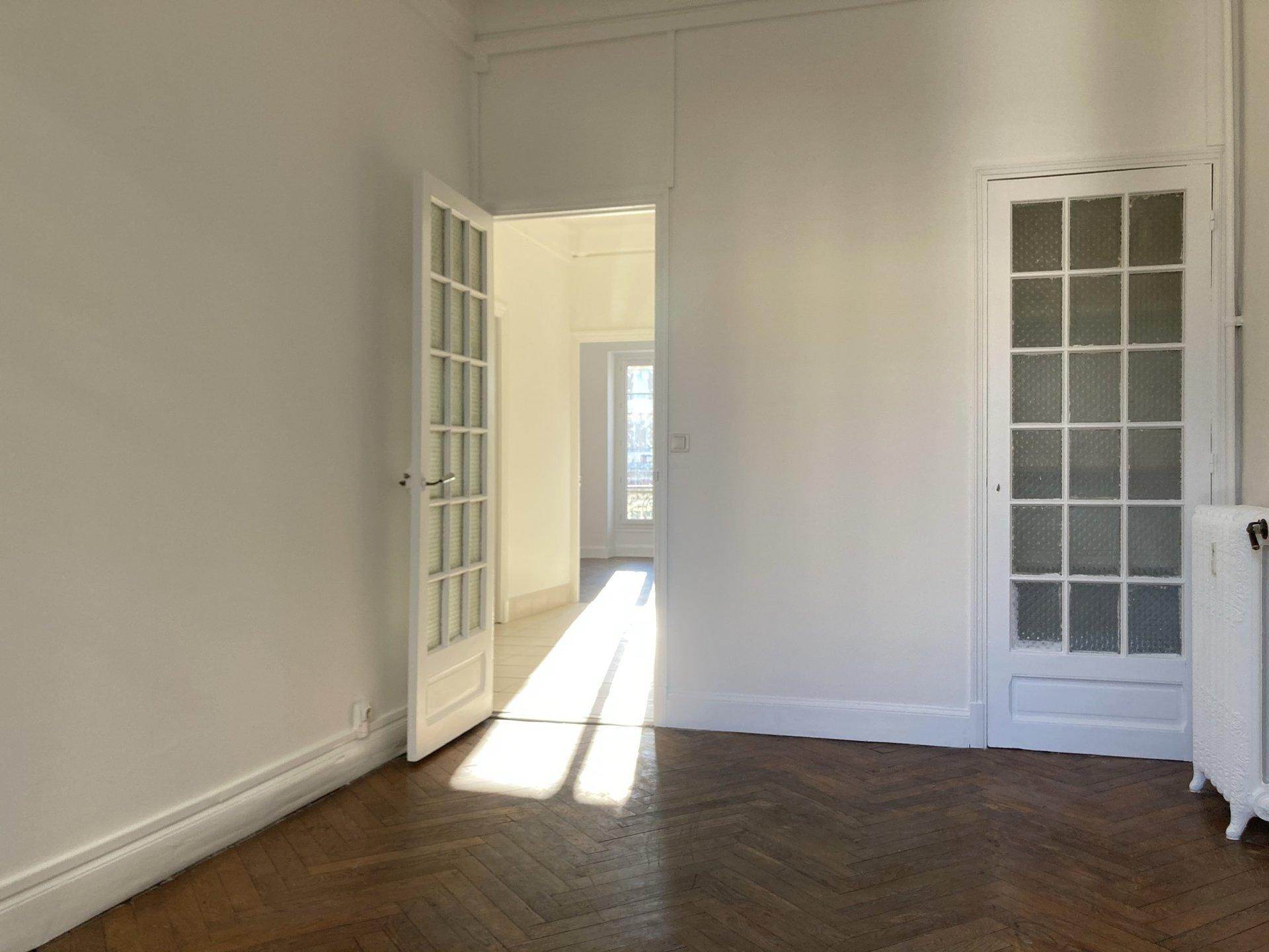 location Nice, 3 pièces 63.42m² situé quartier Libération