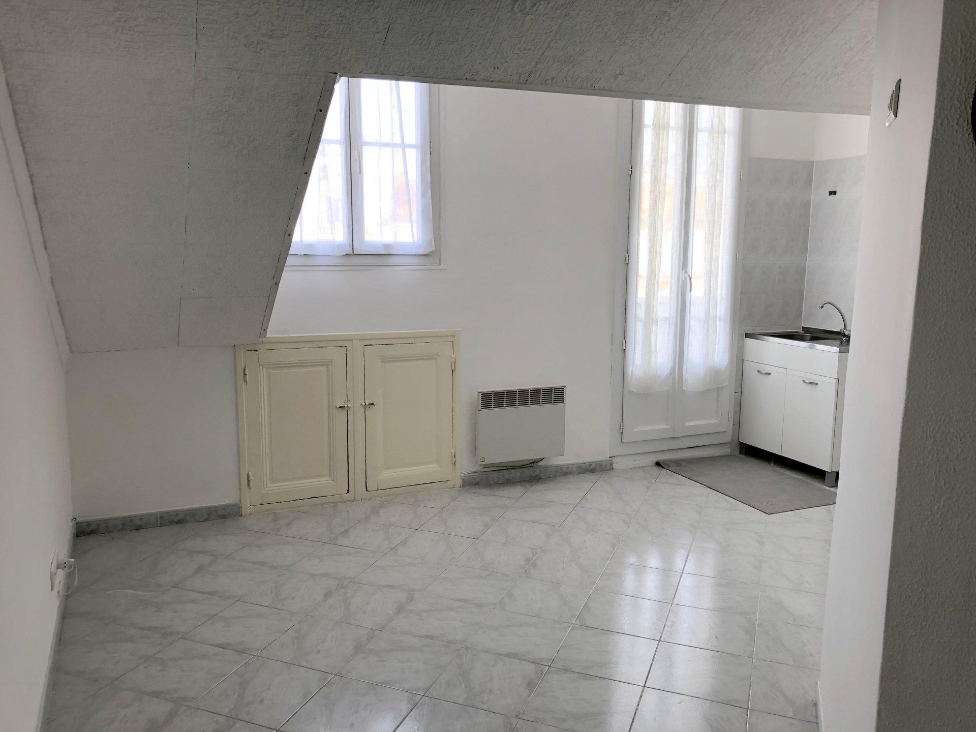 Location Nice, 2 pièces 25.55m² situé rue Pastorelli