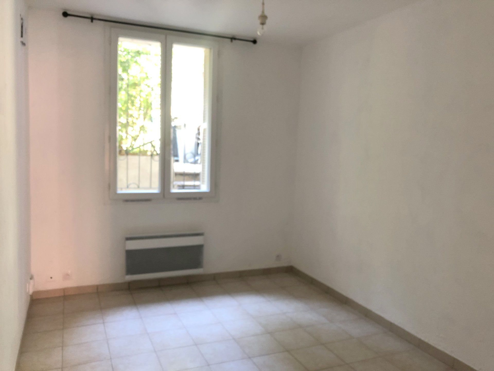 Location Nice, studio 27.75m² situé quartier Tnl