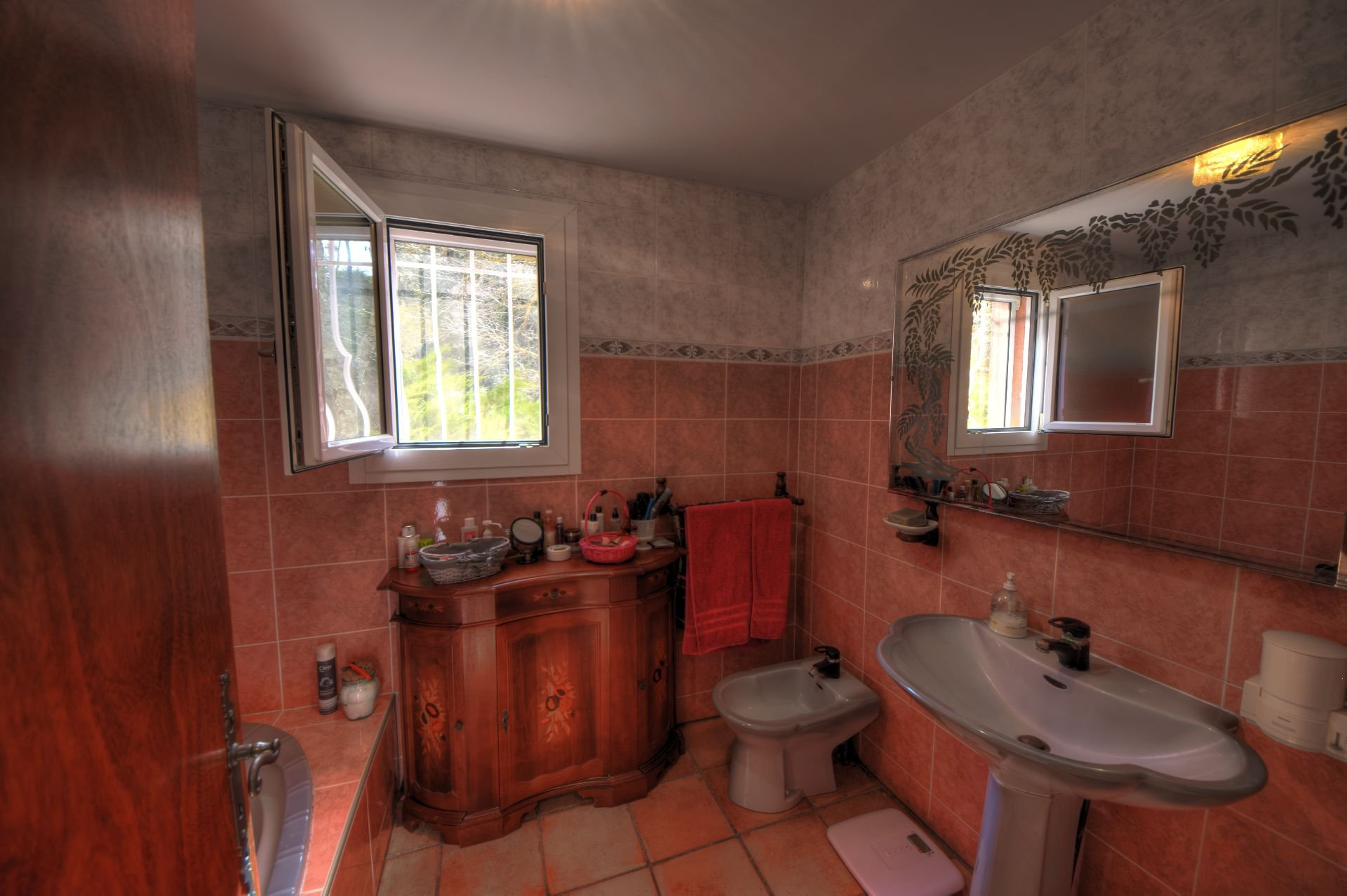 Bathroom of the house of the small property of 4 ha, Barjols, Var, Provence
