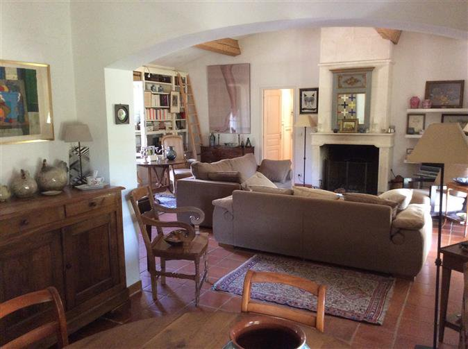 COTIGNAC CHARMING TRADITIONAL VILLA ON ONE STOREY