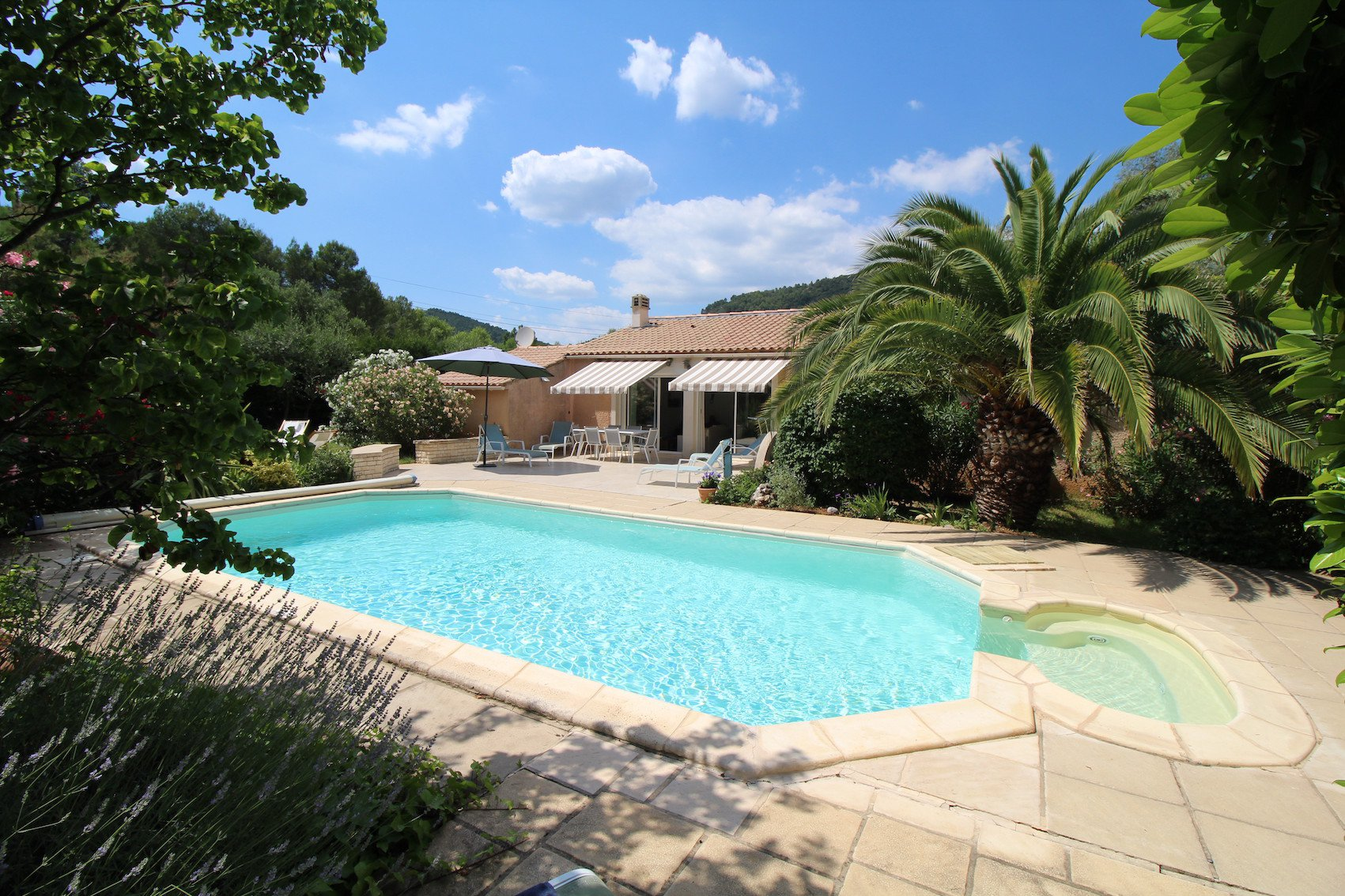 Le Val, a lovely house in the heart of Green Provence