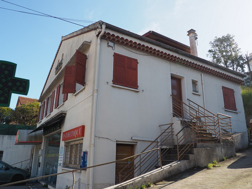 Sale House - Nice Mantega - Righi