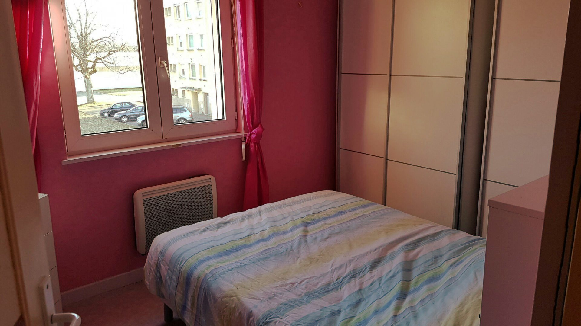 APPARTEMENT DE TYPE F3 EN FACE TECHN''HOM