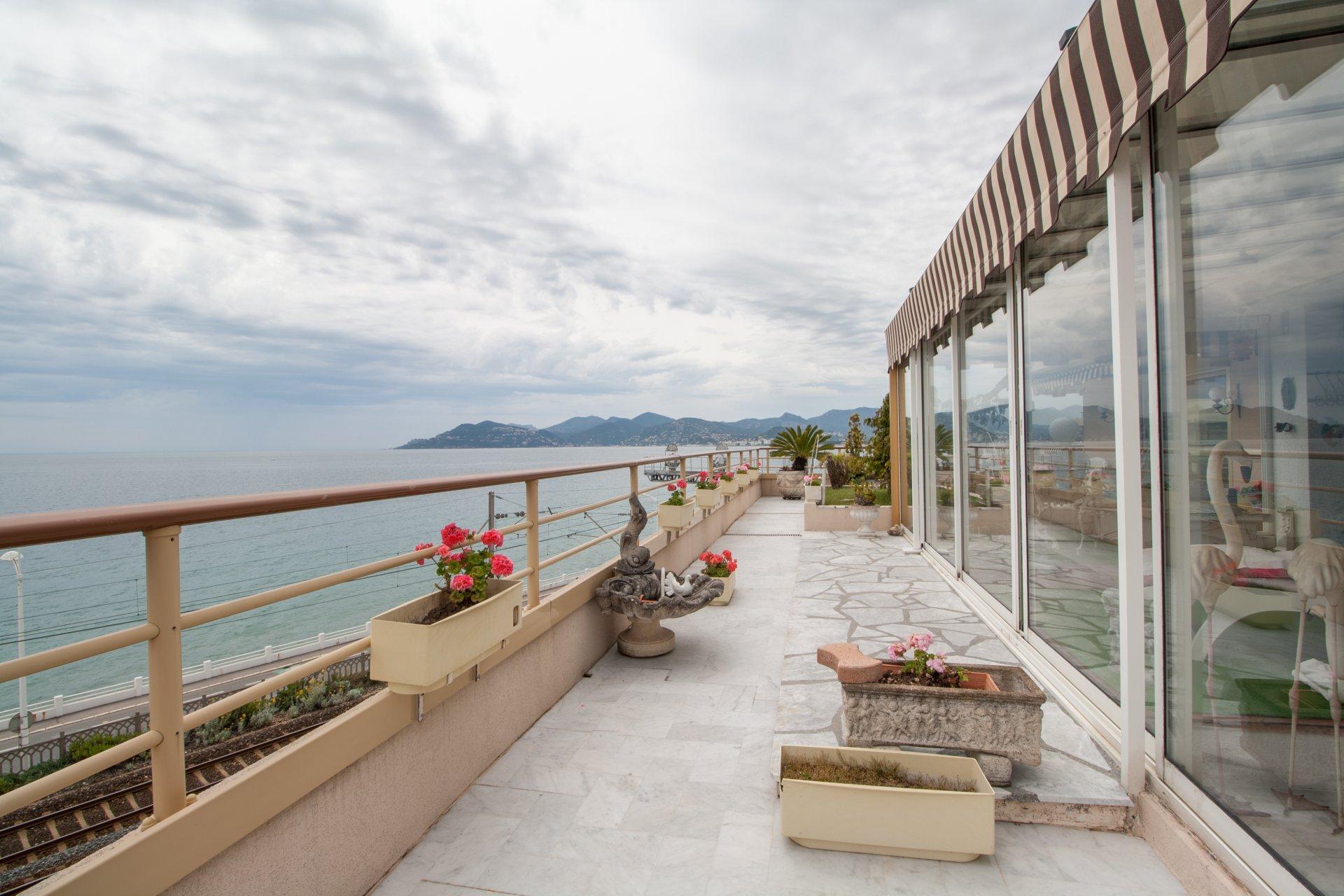 4 pièces vue mer panoramique toit Terrasse