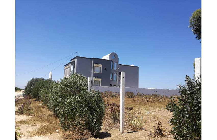 terrain loti de 363 m²
