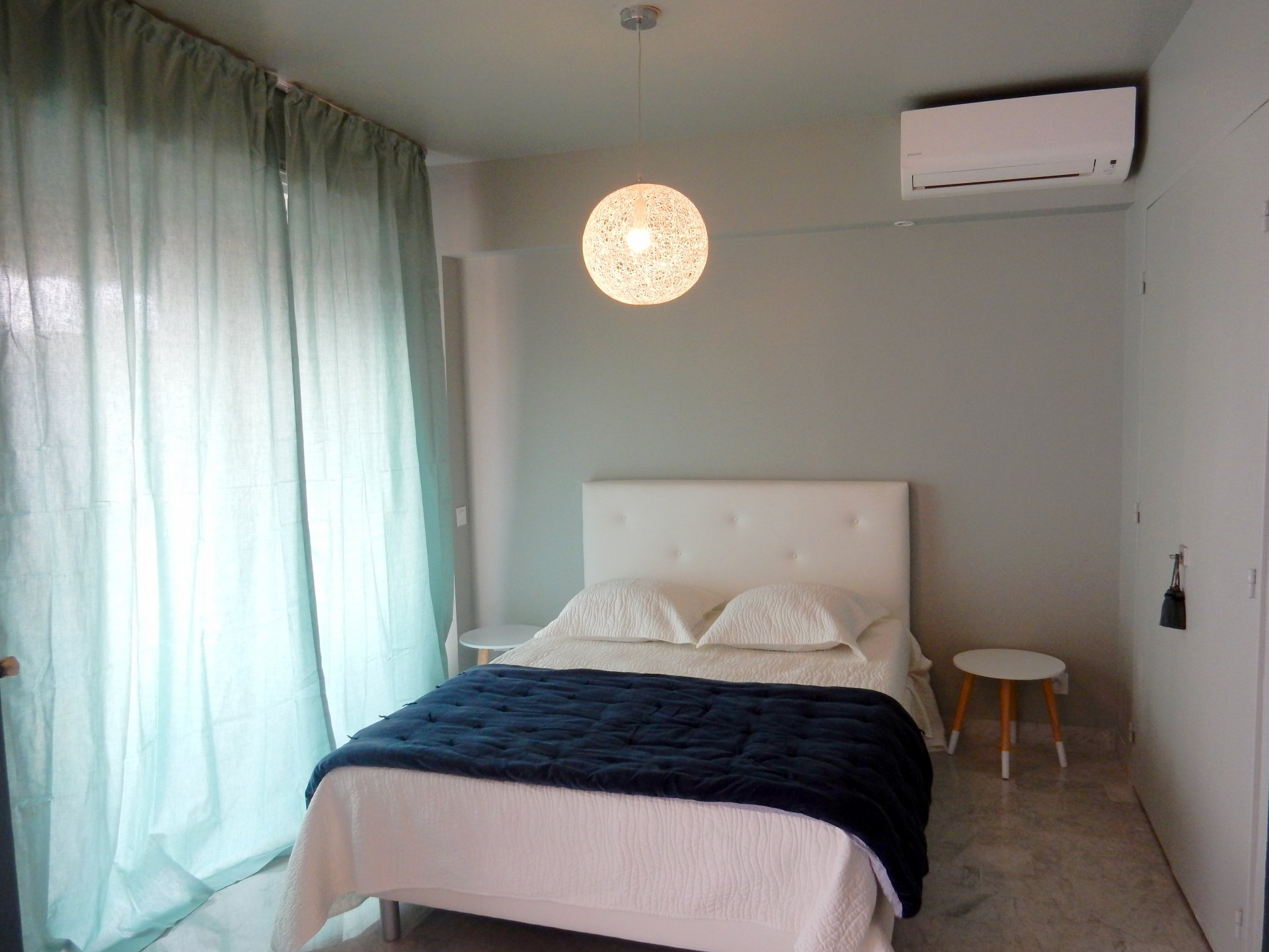 Bedroom, natural light, tile