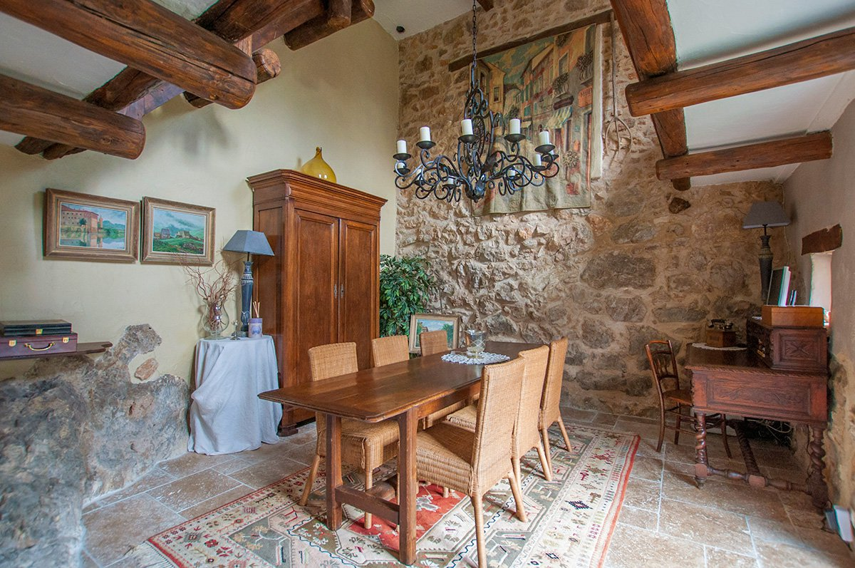 Traditional Stone 4 bedroomed Villa for sale Tourrettes sur Loup
