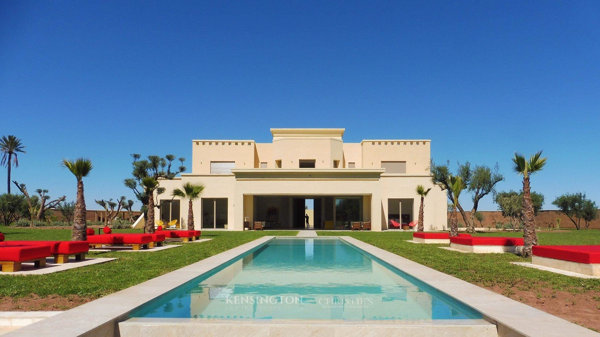 Luxury villas in marrakech for sale rental kensington for Villa de luxe moderne interieur chambre