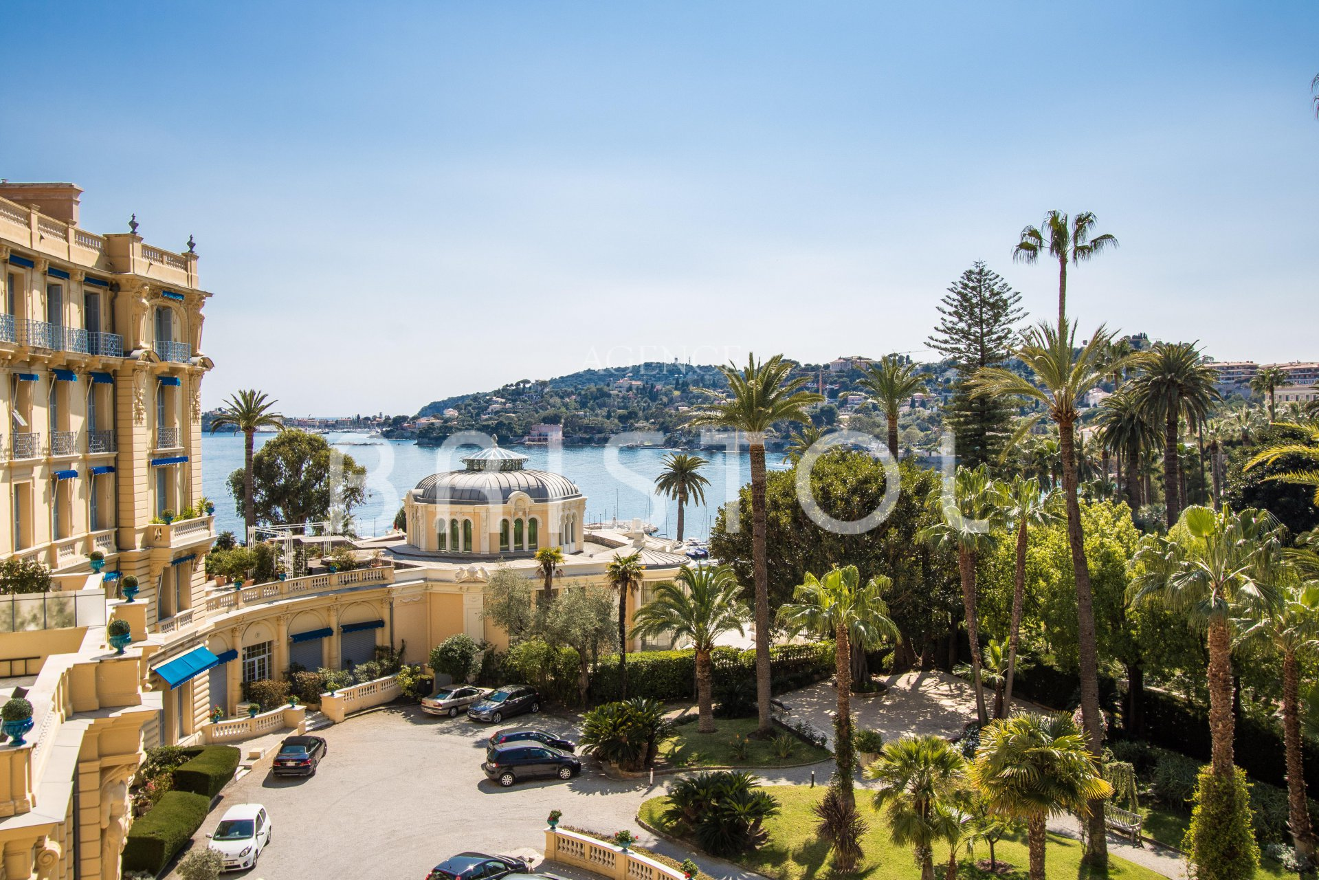 Beaulieu sur mer: Apartment for sale in Bristol residence ,  with sea view