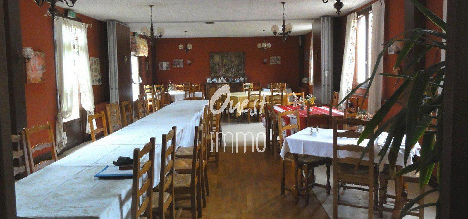 NEAR GREAT OPPORTUNITY CARHAIX, HOSTEL DEVELOP