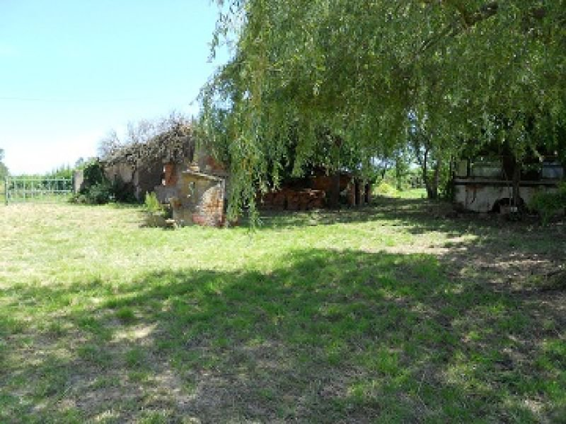 """FARMHOUSE TO BE RENOVATED WITH BEAUTIFUL VIEWS AND DEPENDENCY"""""""