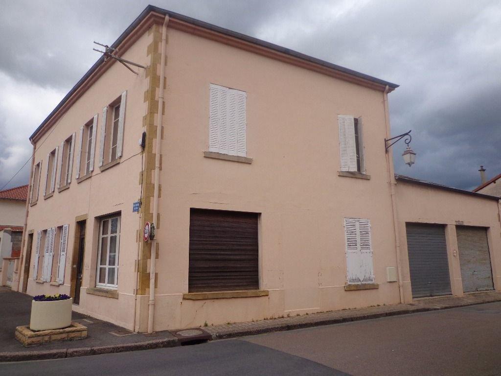 Maison Charlieu Centre 10 pièce(s) 180 m2