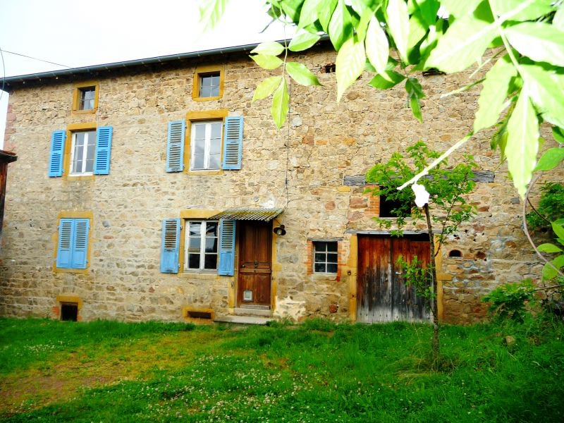 STONE HOUSE WITH DEPENDENCY, 1 Ha FIELD 5 minutes COURSE THE CITY