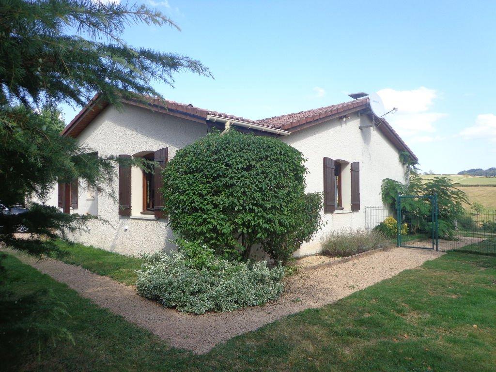 Villa Charlieu 5 pièce(s) 110 m2