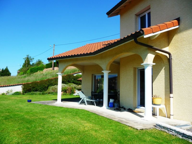 Beautiful villa near the city center during 20 minutes and 1 hour amplepluis Lyon