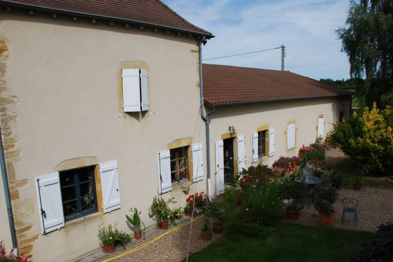 southern burgundy MARCIGNY 250M RENOVATED HOUSE brionnaise""