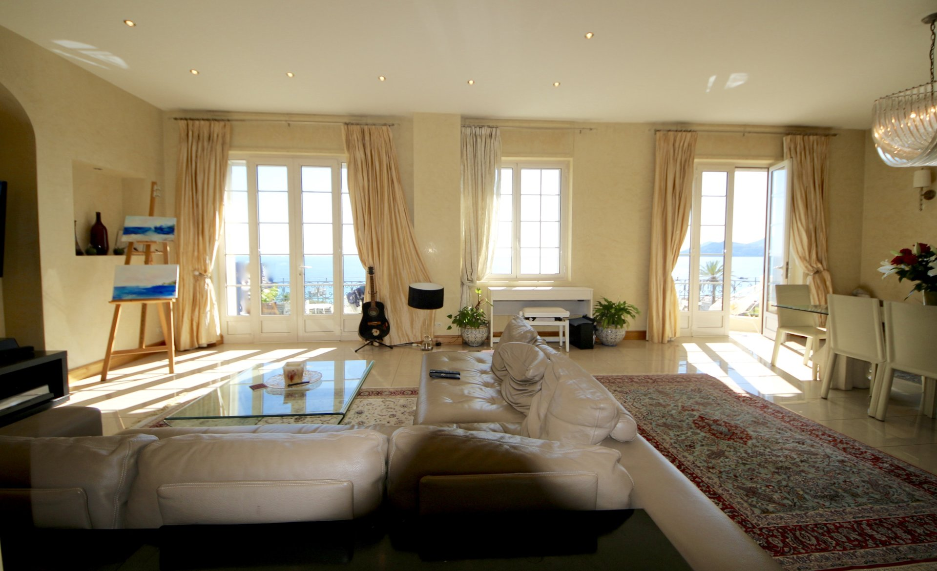 Cannes Waterfront - Gorgeous 3 bedrooms appartment with sea view