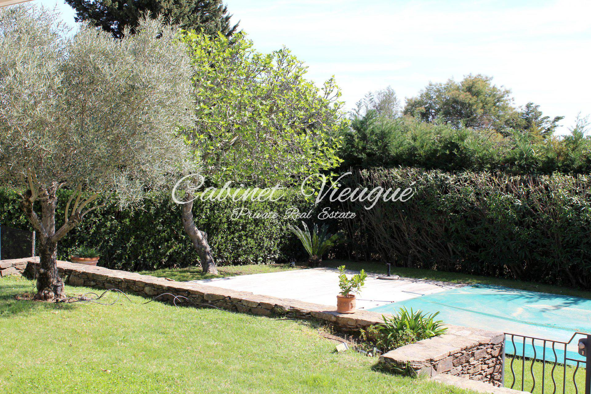 Provençal villa with 4 bedrooms - Gulf of Saint-Tropez