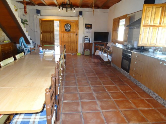 Lovely Traditioanl Country House