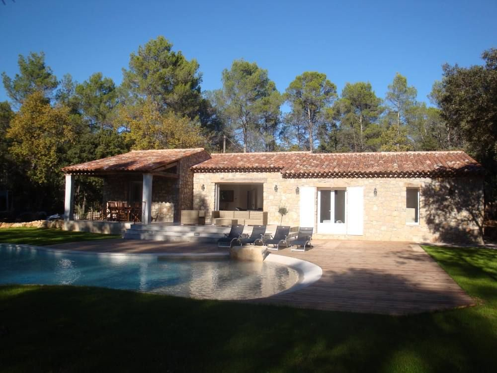 LORGUES NICE T4 VILLA WITH SWIMING POOL