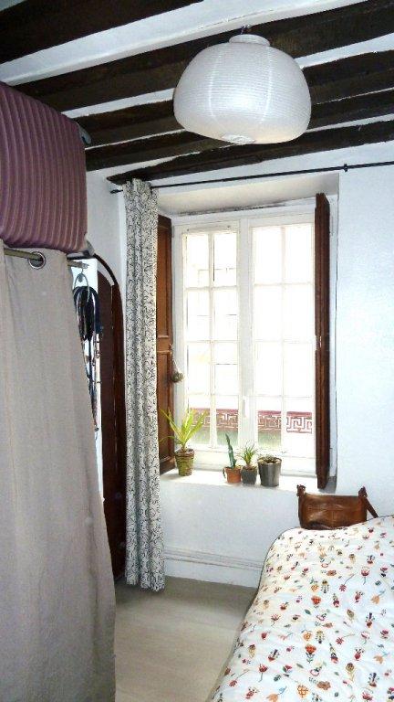 2 pièces d'environ 23m²  Saint Médart /Mouffetard