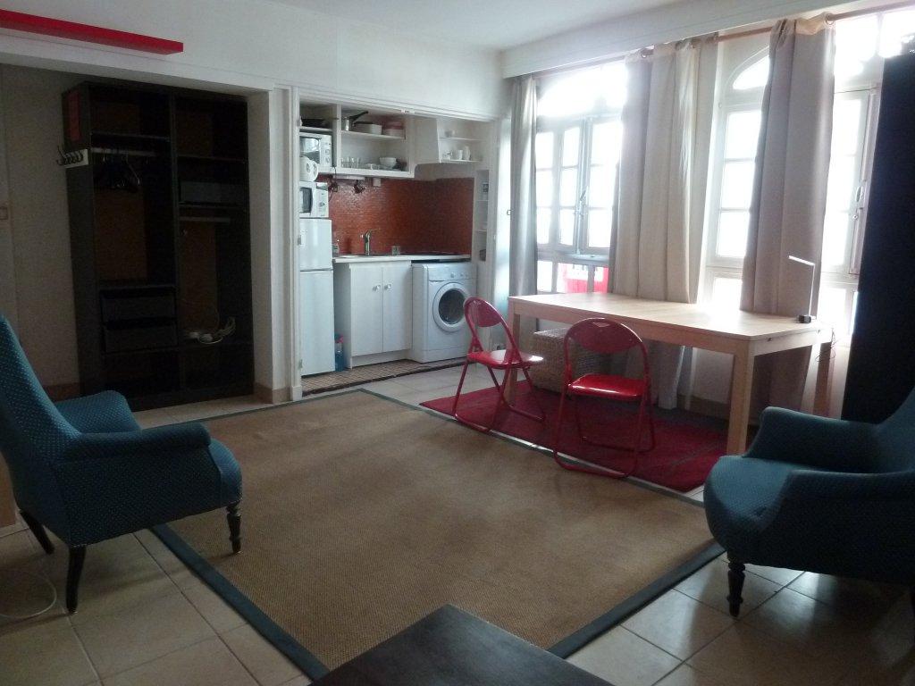 Studio d'environ 33.50 m² rue Broca / Mouffetard.