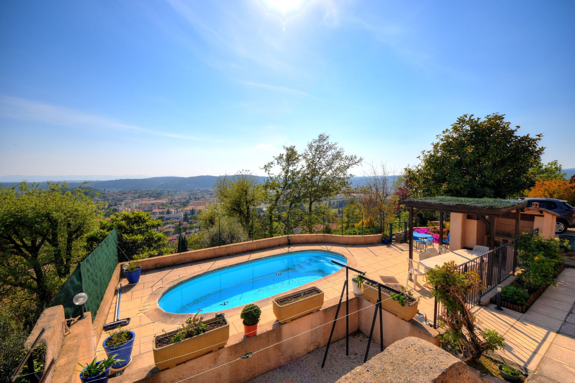 View on the swimming pool of the villa 328 m² panoramic view, Draguignan, Var, Provence