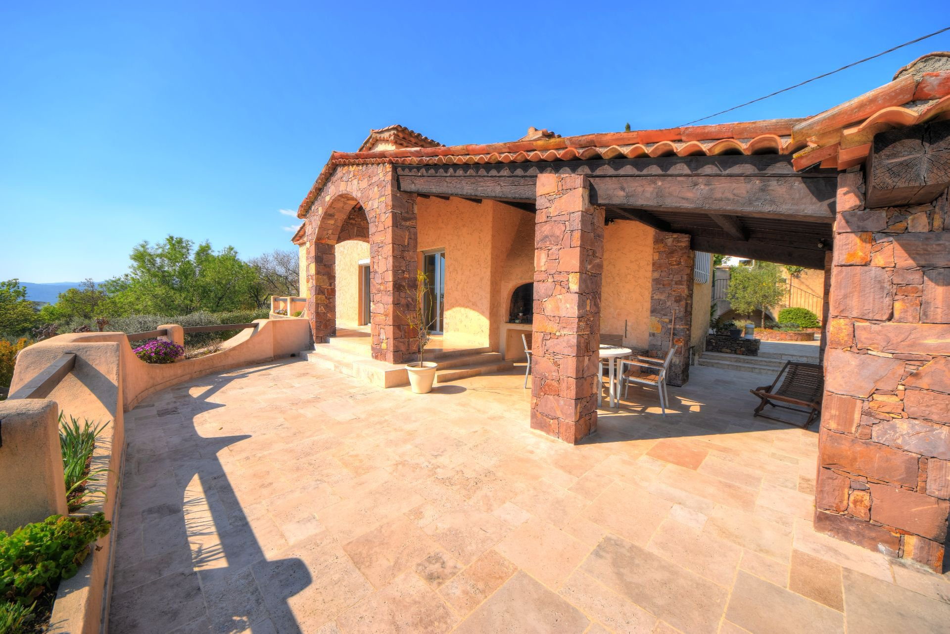 Terrace of the villa 328 m² panoramic view, Draguignan, Var, Provence