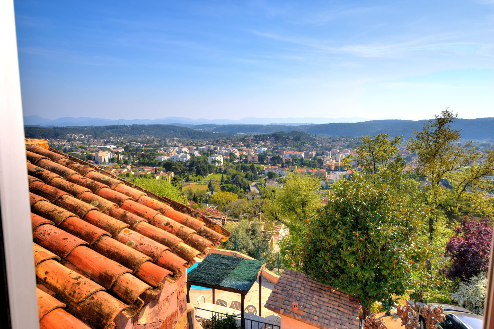 View of the mezzanine of the villa 328 m² panoramic view, Draguignan, Var, Provence
