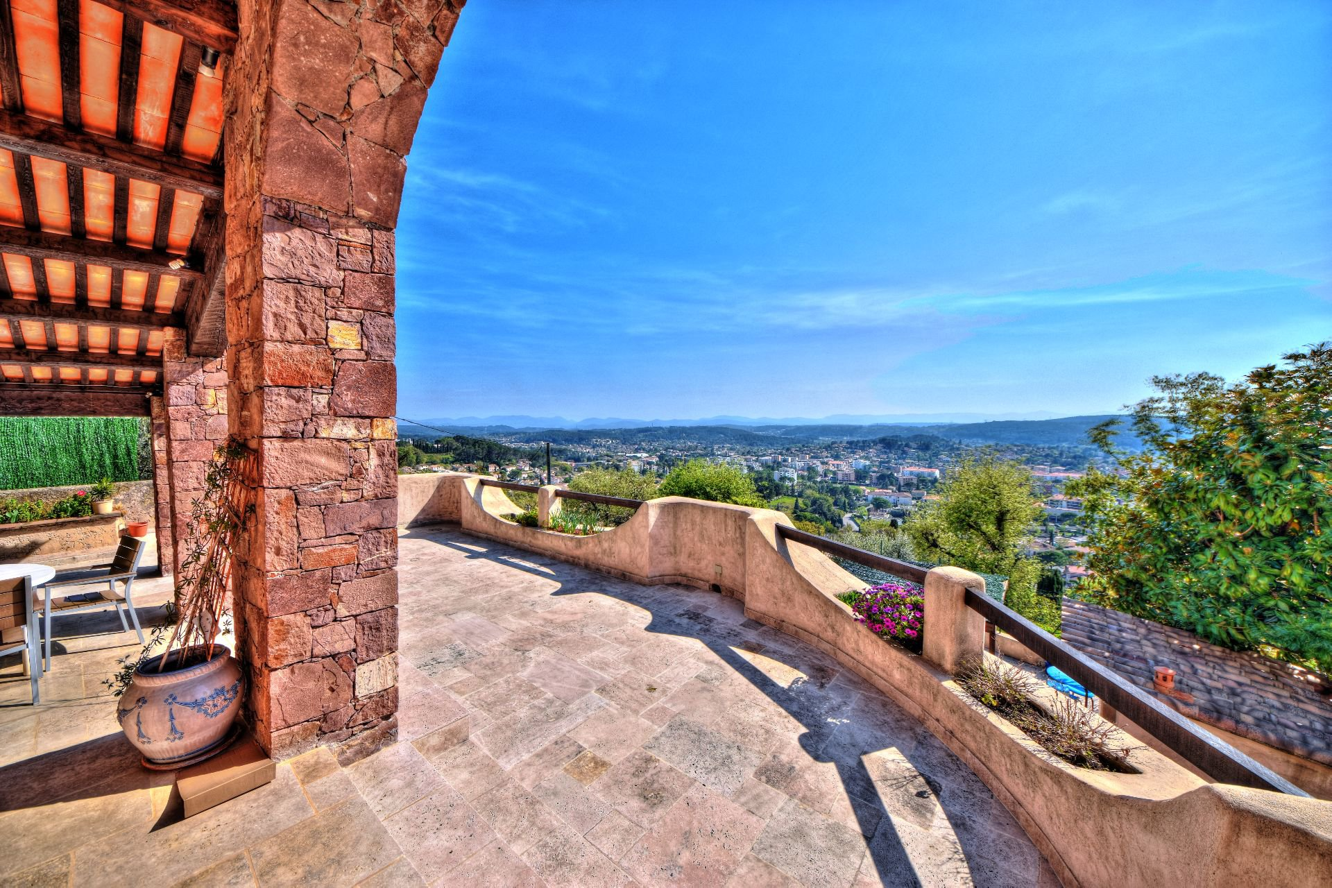 View of the terrace of the villa 328 m² panoramic view, Draguignan, Var, Provence