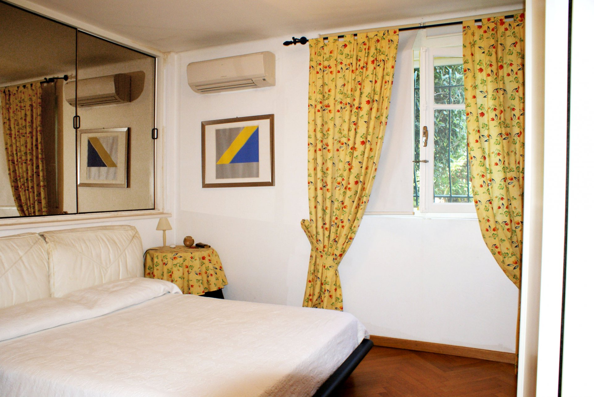 Wunderbarer Blick über Meer und Berge: Komfortable5-Zimmer-Villa (8 Schlafplätze)  * Villa Farandole *