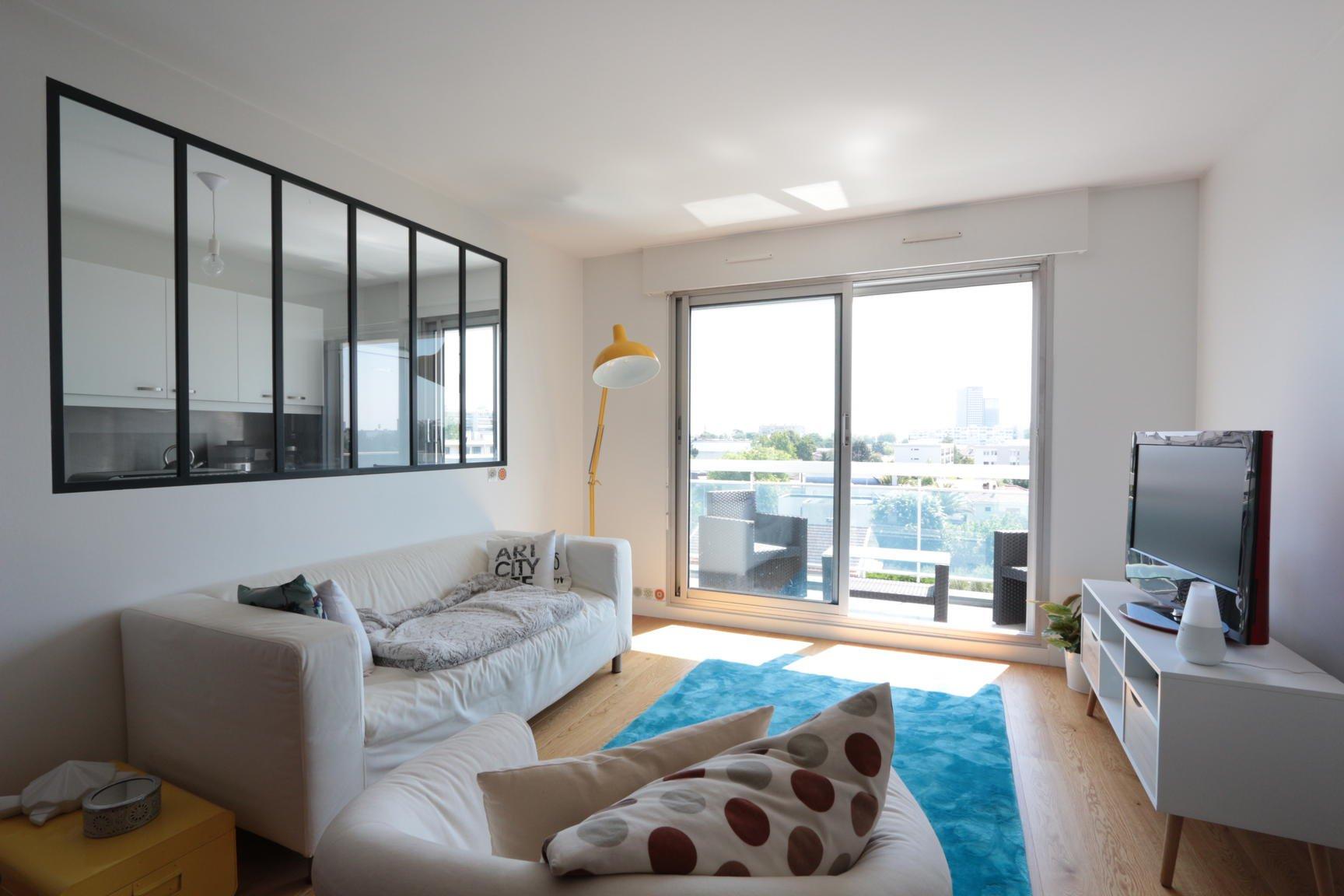 Appartement rénové 55m2 avec terrasse