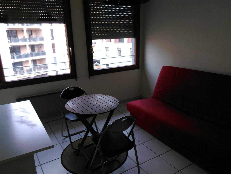 Location studio meublé