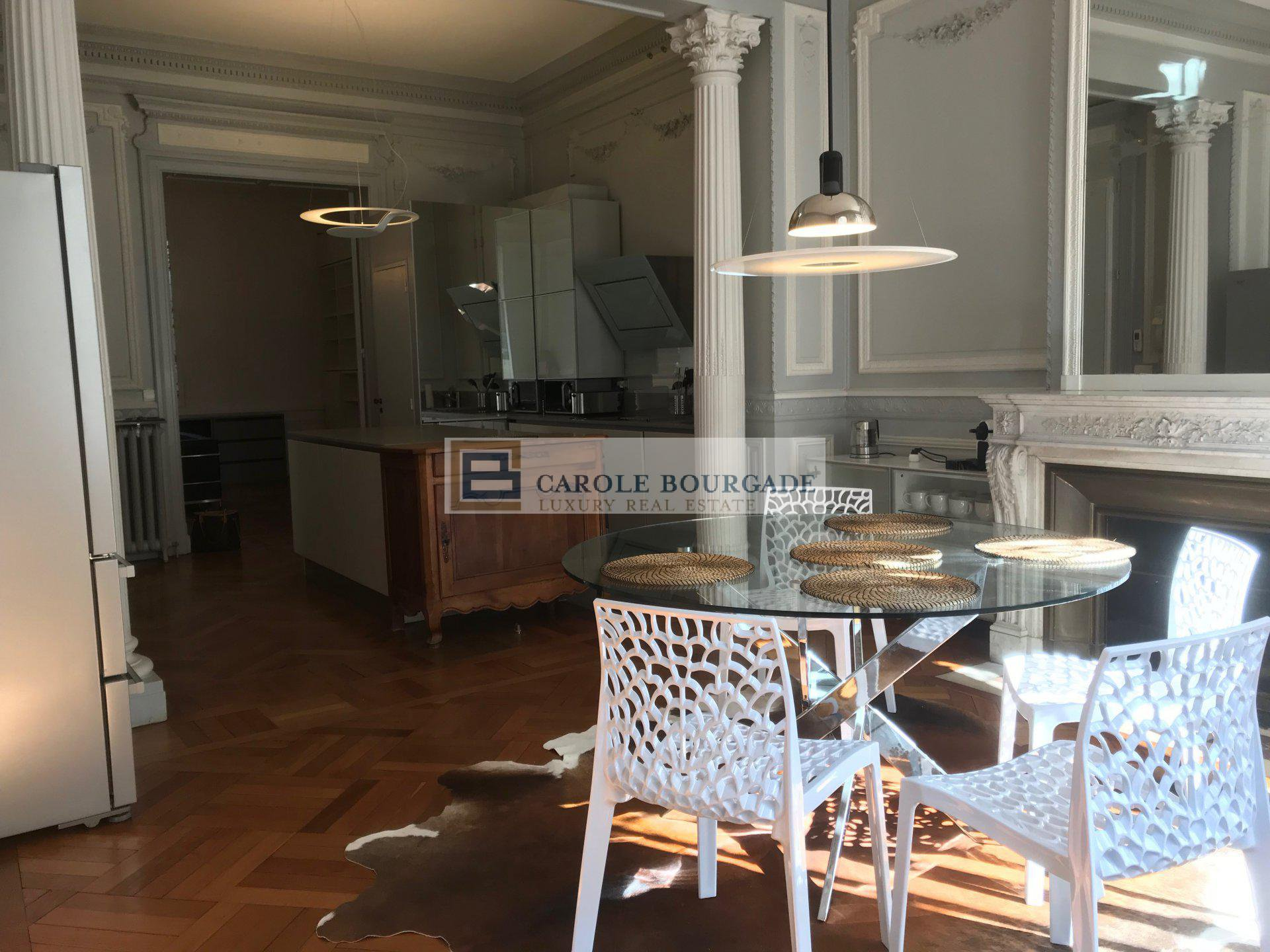 FOR RENT AVAILABLE VERY BEAUTIFUL APARTMENT T3 FURNISHED IN BORDEAUX CENTER