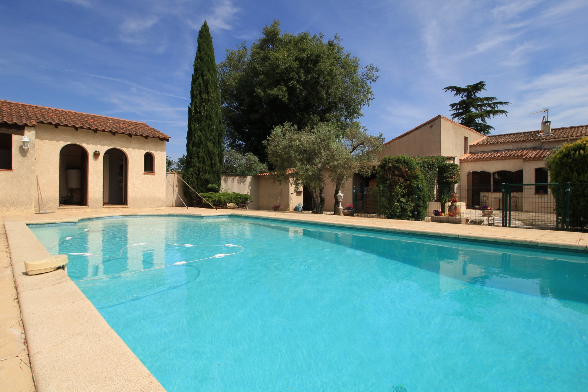 3 bedroom villa for sale nd - Arles Pont de Crau
