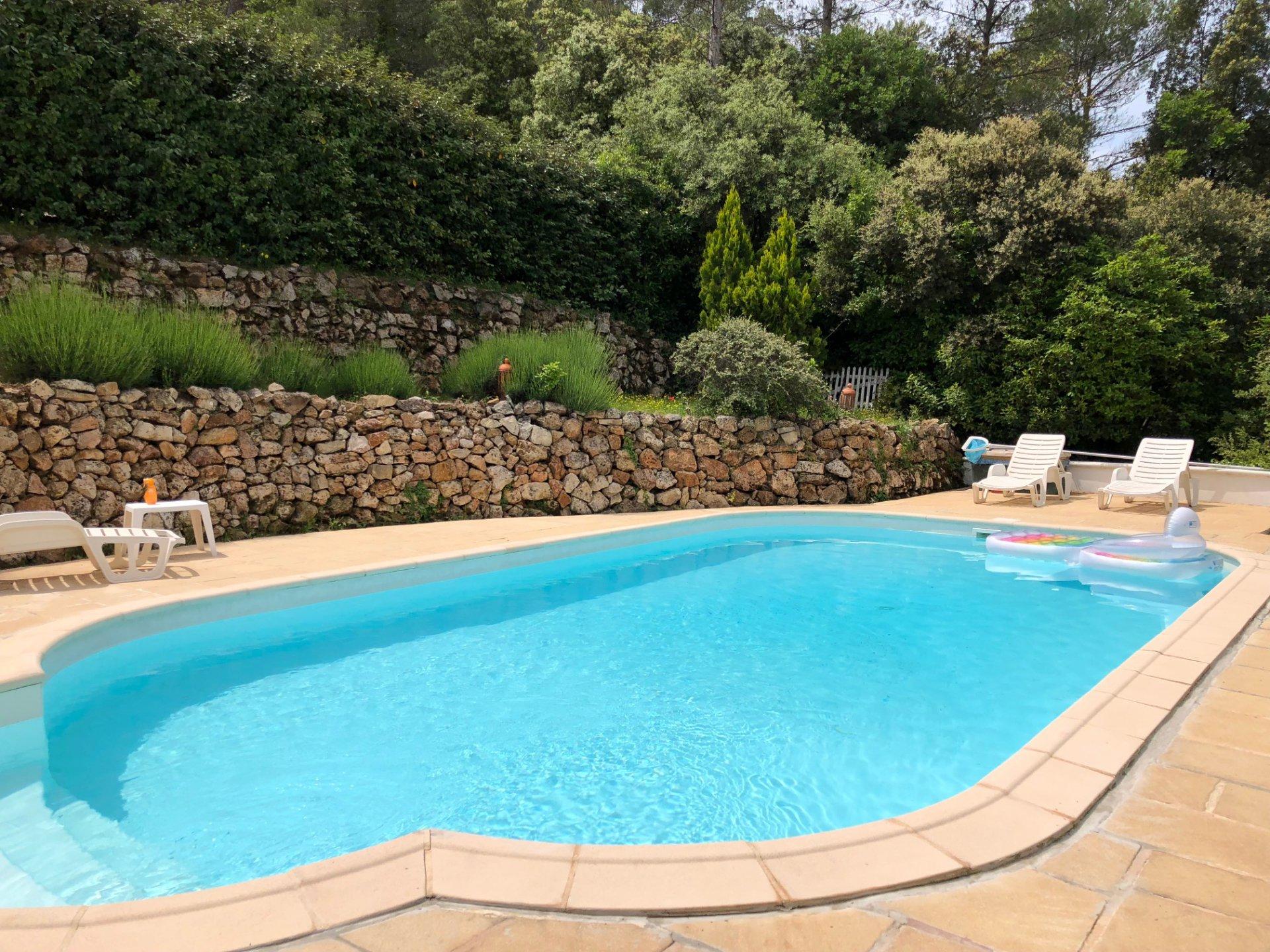 Lorgues - Maison 133m2 - 4 chambres - piscine.