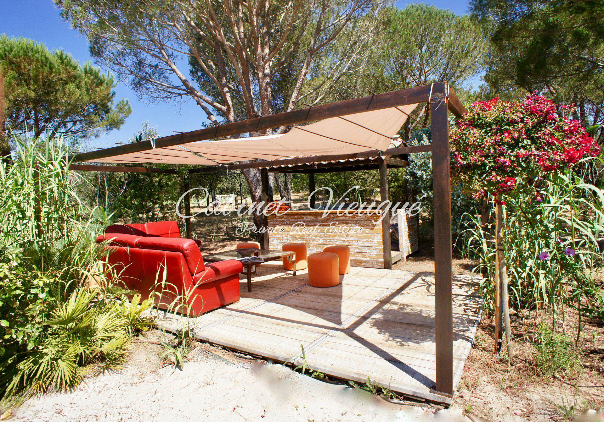 High-end service for this property with green surroundings and close to beaches