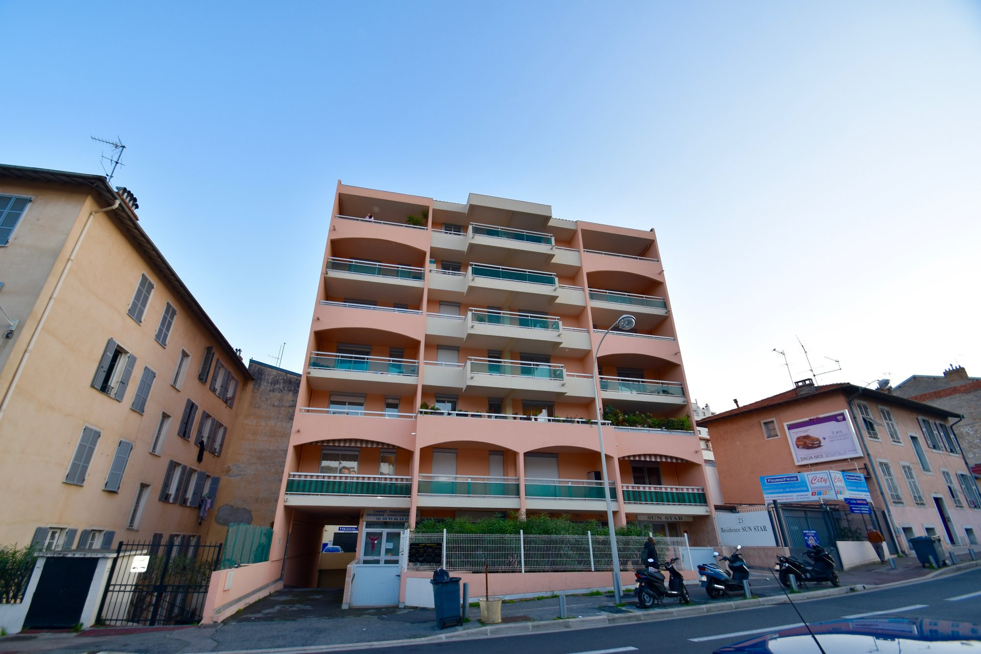 Nice Ouest / Boulevard Carlone - 2 Pièces - 164 000 Euros