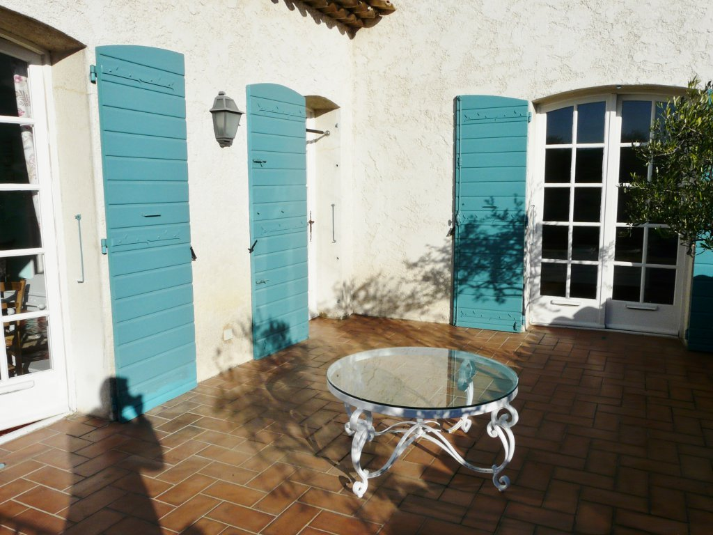 Charming villa close to center Juan les Pins and beaches