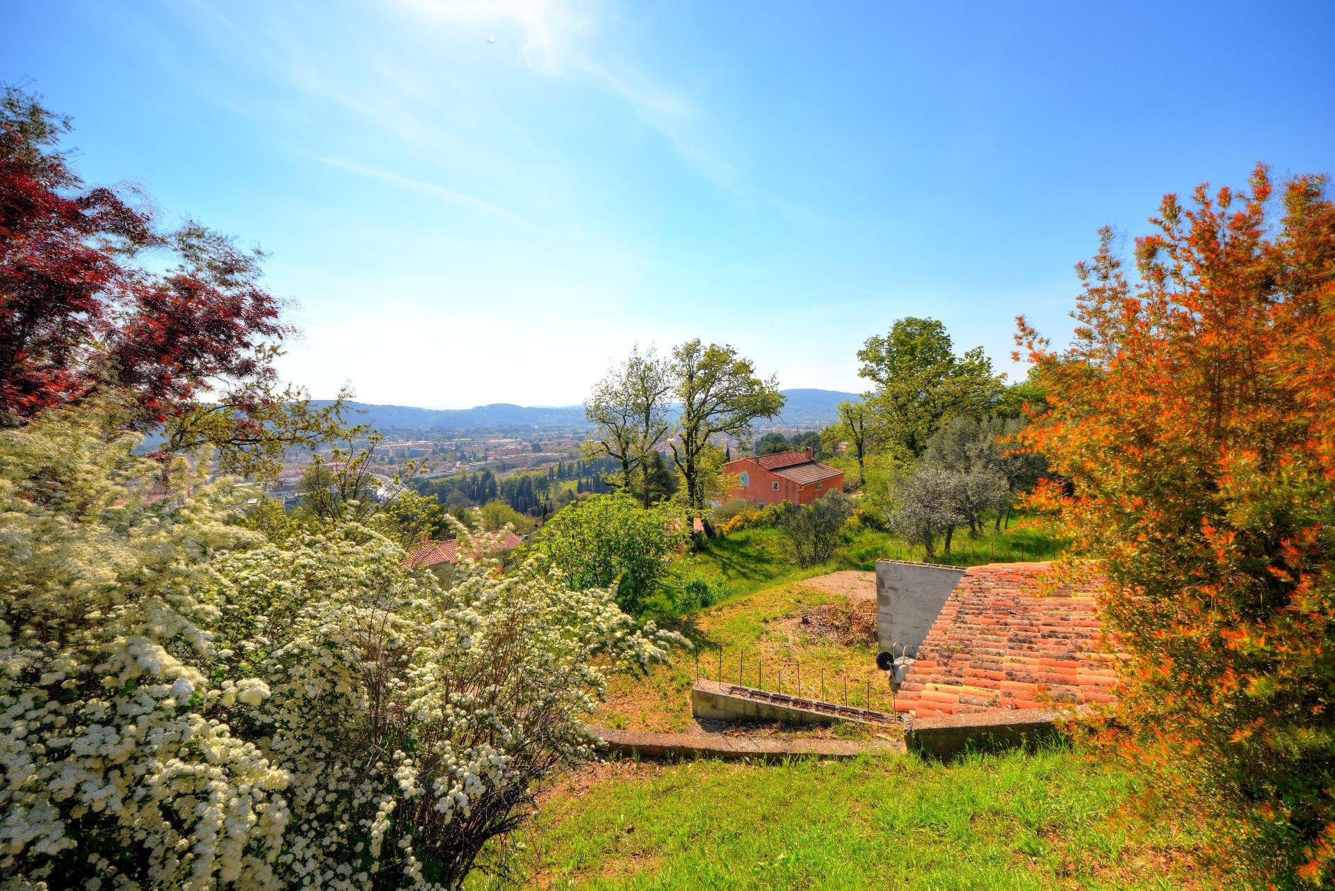 Terrain vue panoramique, Draguignan, Var, Provence