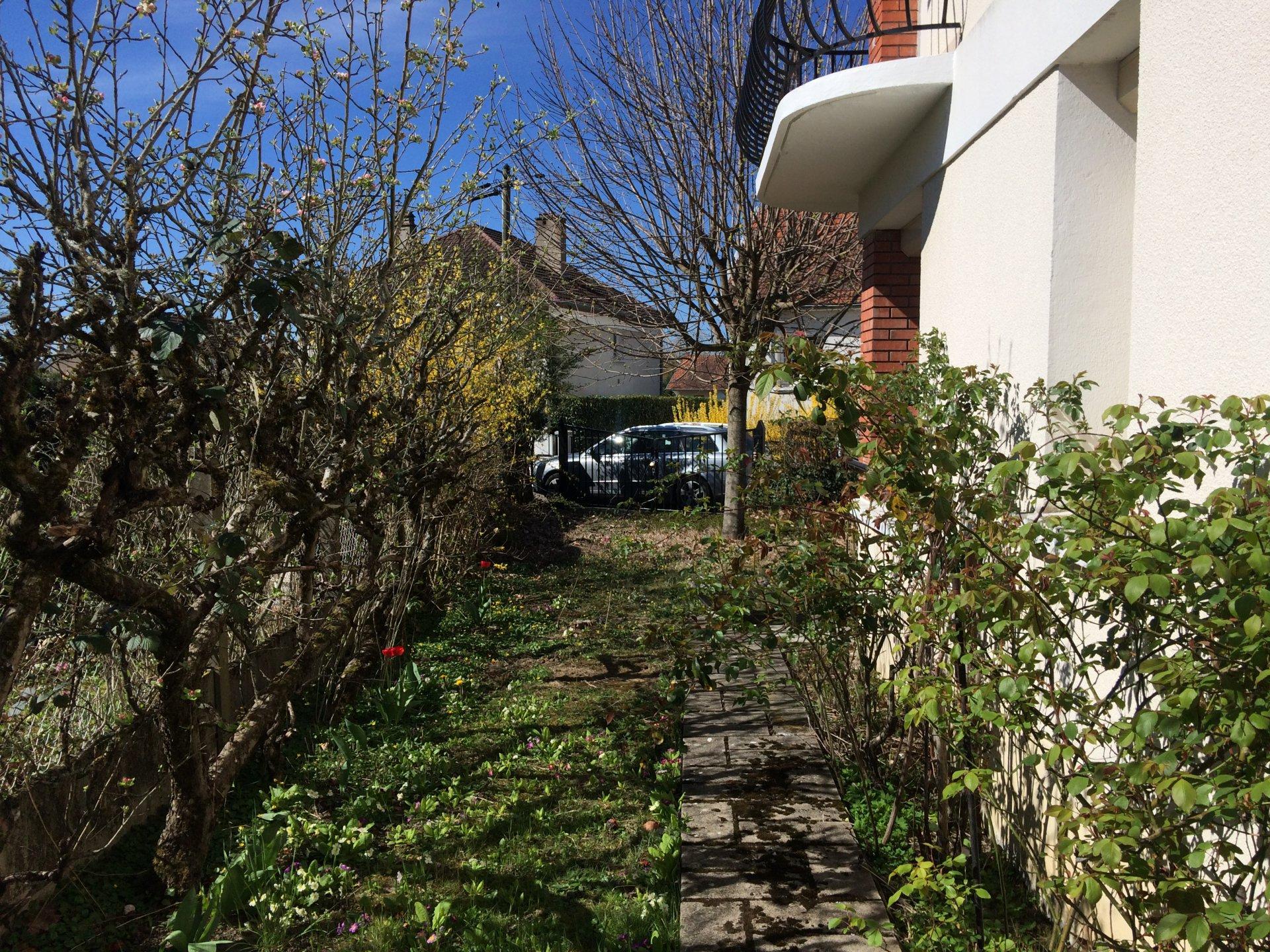 4919LKM-loc - Maison de Ville T4 - CUSSET