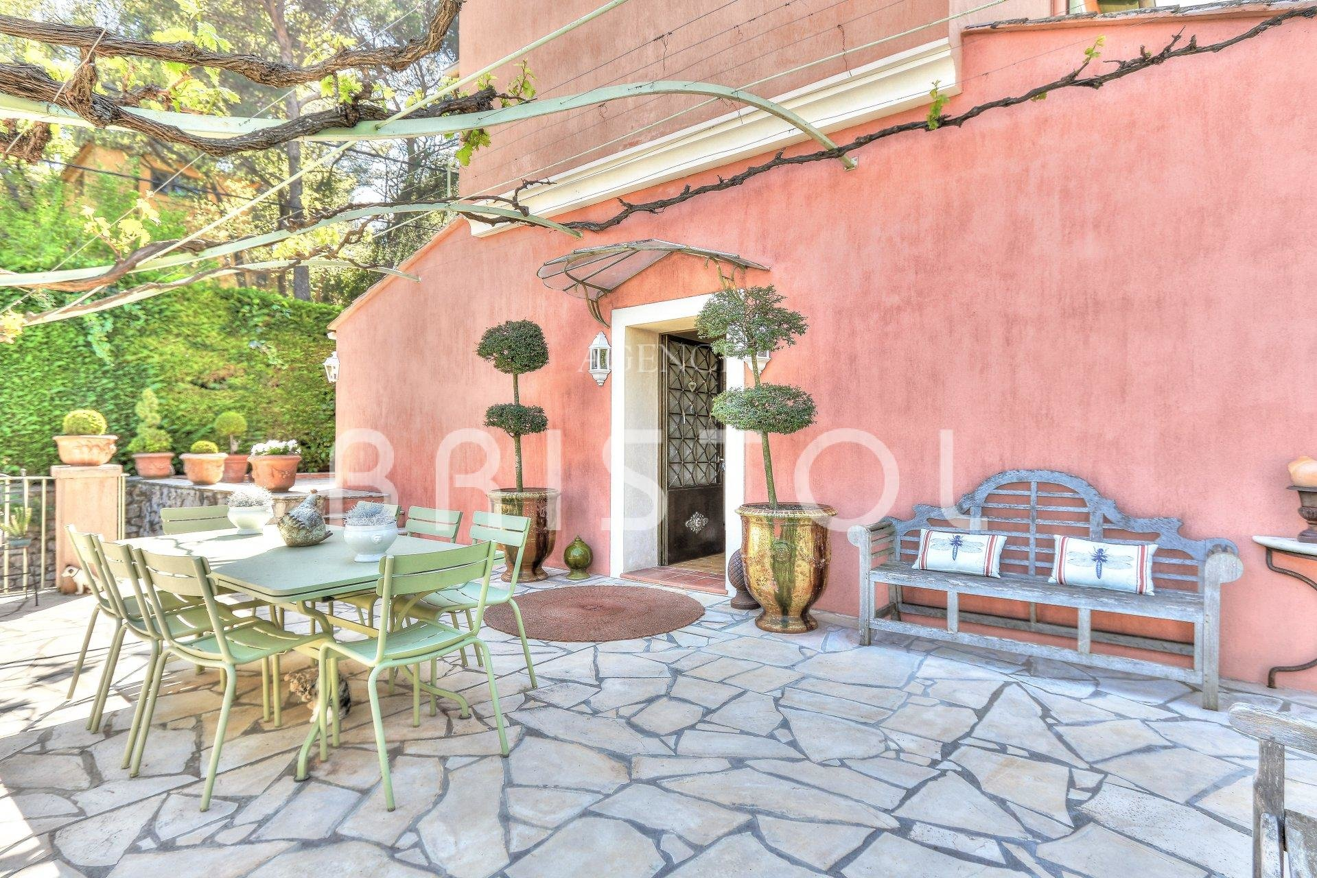 House for sale in Villefranche sur Mer